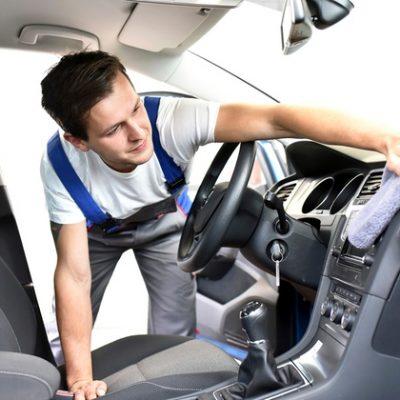Limpieza integral y lavado de auto con desmonte de asientos!