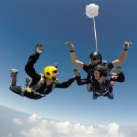 Adrenalina pura! Salto en paracaídas + entrenamiento + fotos + video!