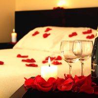 Noche romántica para 2 en el Yacht