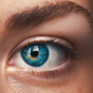 Delineado definitivo de ojos , superior e inferior .Microblanding