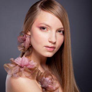Super Combo Belleza, Botox + Brushing,+ Planchita + Maquillaje + Pestañas