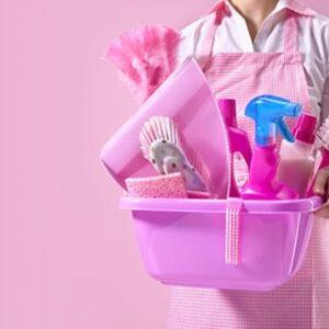 Combo Rosa!  5 Litros de Desodorante + 5 Litros de Detergente + 5 Litros de Jabón de ropa + 5 Litros de Suavizante + 1 Escoba condor rosa + 1 Bolsa para baño floreado rosa